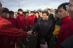 球王来了?马拉多纳有可能赴中国从事足球方面指导工作
