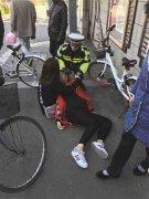减肥不吃饭骑车晕倒 这位女大学生为了爱美真拼了(图)