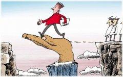 跳槽求涨薪,倒不如修炼职业技能,等猎头找上门