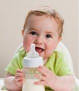 宝宝频繁吐奶怎么办?