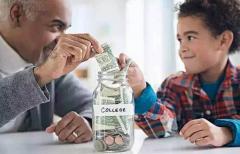"""如果有人说""""越有钱的人素质越高""""你怎么看?"""