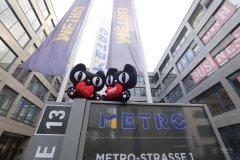 时尚界圣经WWD:中国消费能量吸引国际大牌入驻天猫
