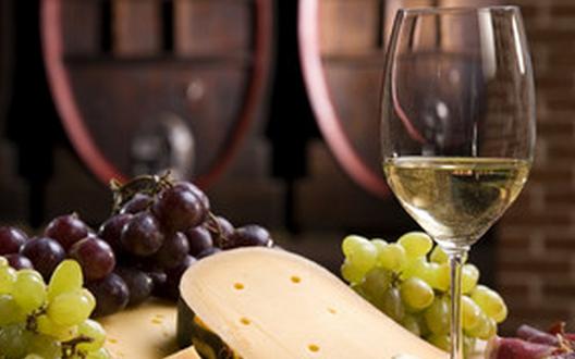 葡萄酒每天什么时候喝最养生?