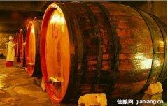 葡萄酒橡木桶是如何炼成的