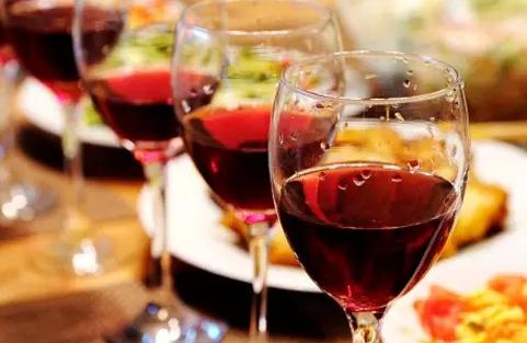 葡萄酒是不是酒精度越高越好?
