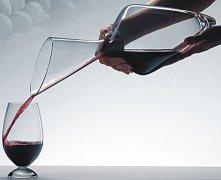 醒酒器:让葡萄酒开始呼吸并释放活力