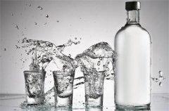 同等档次白酒 酱香型白酒为什么更贵些?