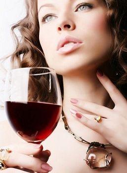 适饮葡萄酒有助产后补养修复