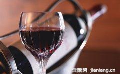 为什么有毒化学物质二氧化硫会出现葡萄酒中?