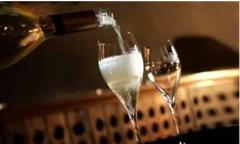 如何存放香槟?