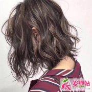 头发像草一样怎么办 教你养出让人有恋爱感的秀发