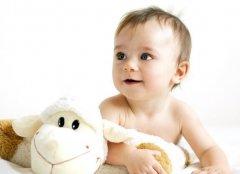 <b>新闻事件今天| 避免悲剧发生 教你正确应对宝宝呛奶</b>