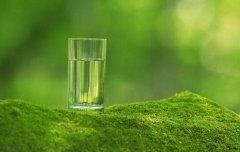"<b>同志文学:这样""喝水""会毁掉你的肾!一天中最该喝水</b>"