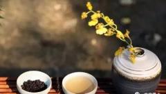 静心喝茶,从茶中寻到惬意时光!