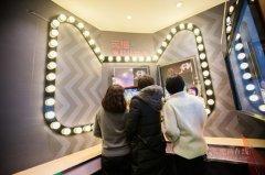 杭州政协委员建议加快智能公厕和母婴室改造 市民媒体齐点赞