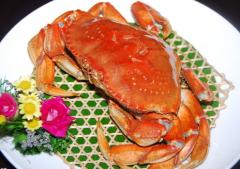 吃螃蟹喝什么酒好?懂得搭配更健康