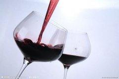 品鉴柳河原汁山葡萄酒