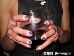 葡萄酒如何与热狗巧妙搭配?