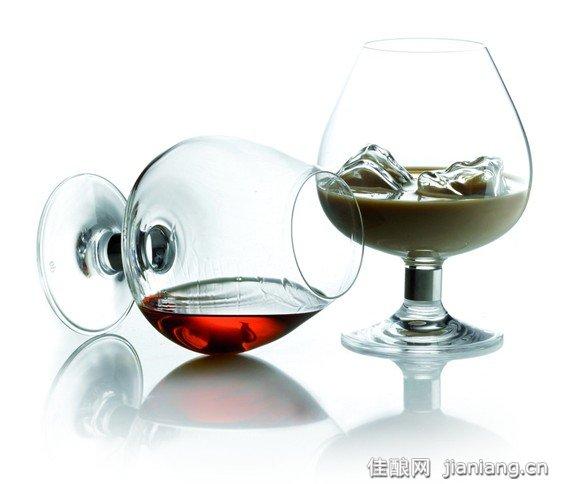 """葡萄酒的重要物质之一""""单宁"""""""