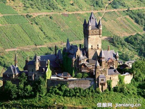 德国葡萄酒名镇——科赫姆小镇