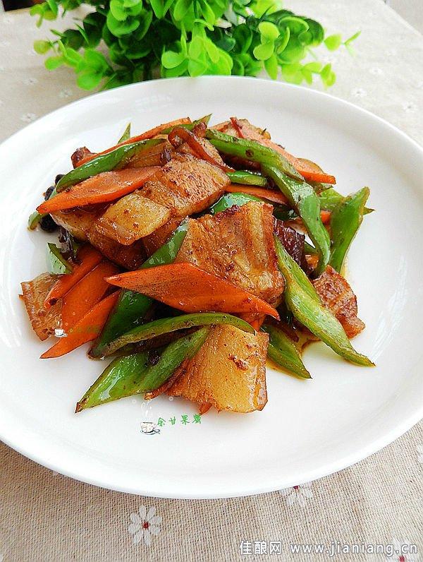 青椒胡萝卜回锅肉