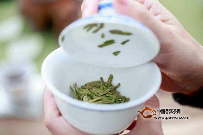 绿茶第一泡要倒掉吗