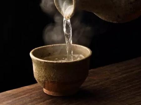 白酒四大酸酯及其呈香呈味特征