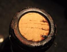 如何规避软木塞对葡萄酒的污染?