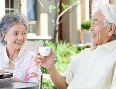 中老年人夏季该如何养生?六大事项需多多注意