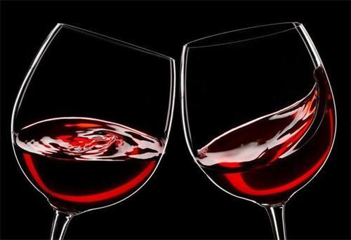 简易品尝葡萄酒 ─ 只需四步