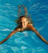 夏季游泳健身的几大好处有哪些?