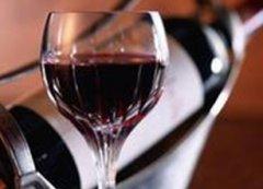 初春喝葡萄酒4大养生保健