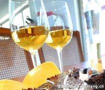 各种甜葡萄酒你爱哪一款
