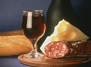 完美搭配才能突显葡萄酒美味