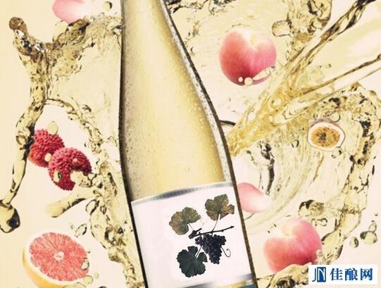 蓝色忧郁,白葡萄酒可以给你的文艺小幽怨