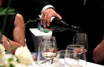 葡萄酒品鉴4个适合最重要