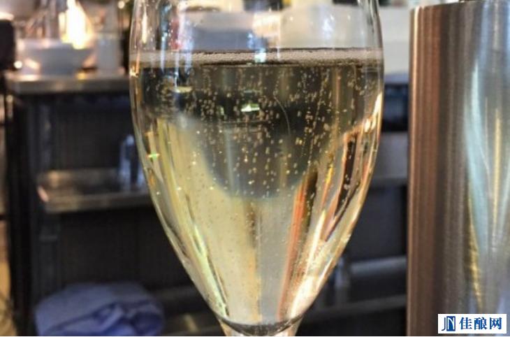 香槟气泡之谜