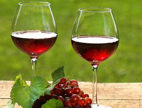 """葡萄酒是液体为何用""""干""""来形容?"""
