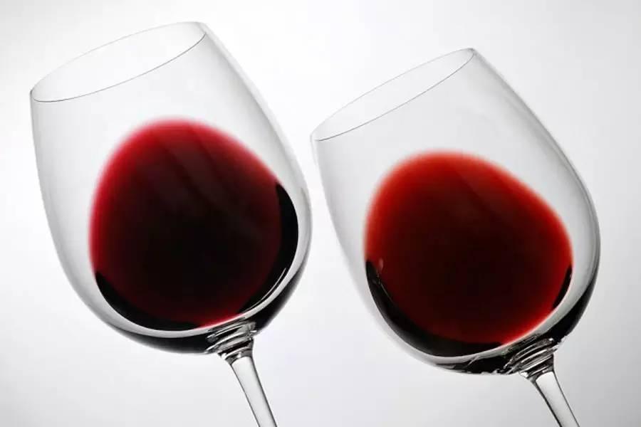 新、旧橡木桶陈酿的葡萄酒有什么不同?