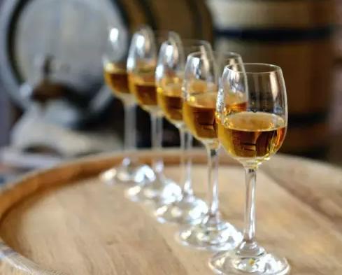 波特酒vs雪利酒:世界最流行的加强型葡萄酒之争