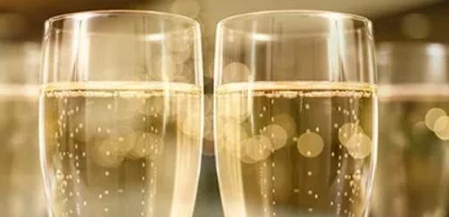 酒泥陈酿:白葡萄酒的升级魔法