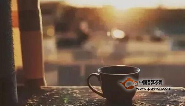 每个人都可以有,自己的饮茶方式
