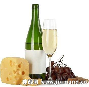 当白葡萄酒邂逅烟熏辛辣美食
