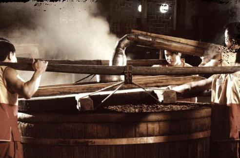 酱香酒酿造知识 酱香型白酒为何要七次取酒?