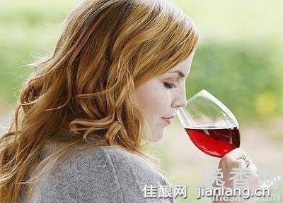 女性适饮葡萄酒可以促怀孕