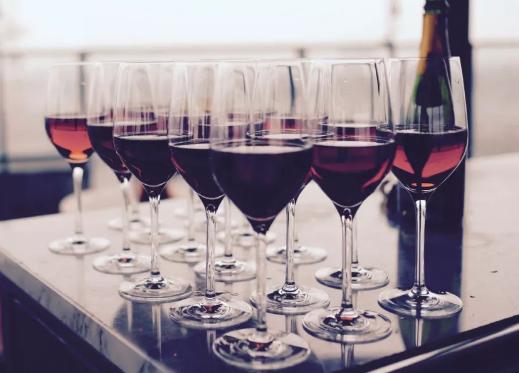 阿尔萨斯葡萄酒与亚洲美食搭配指南
