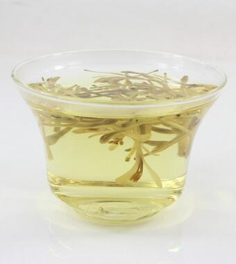 金银花的功效与作用 金银花泡水喝的好处